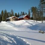 Näkymä mökille Jauraselle menevältä polulta 30.3.2012